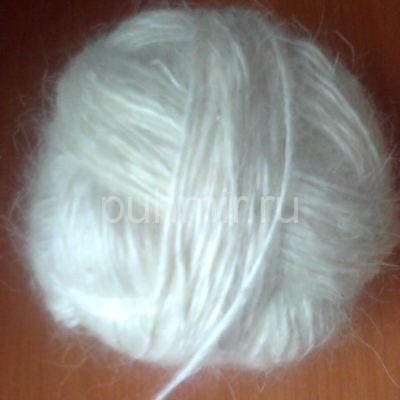 Пряжа из козьего пуха белая толстая для свитеров,носок,варежек