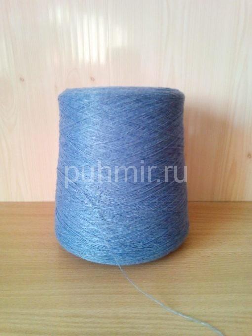Нитки для прядения пуха, шерсти в бобинах серо-голубого цвета